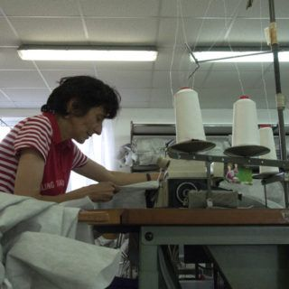 Calzedonia continues production despite the danger to its workers